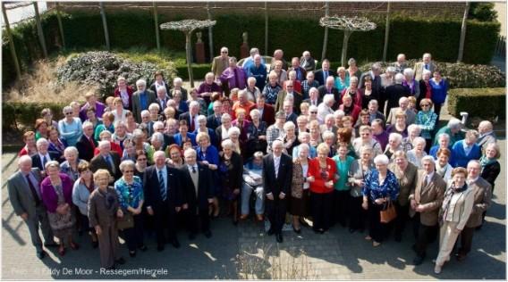 Neos Oosterzele bestaat 20 jaar. Dat werd gevierd met 150 aanwezigen (foto Eddy De Moor)