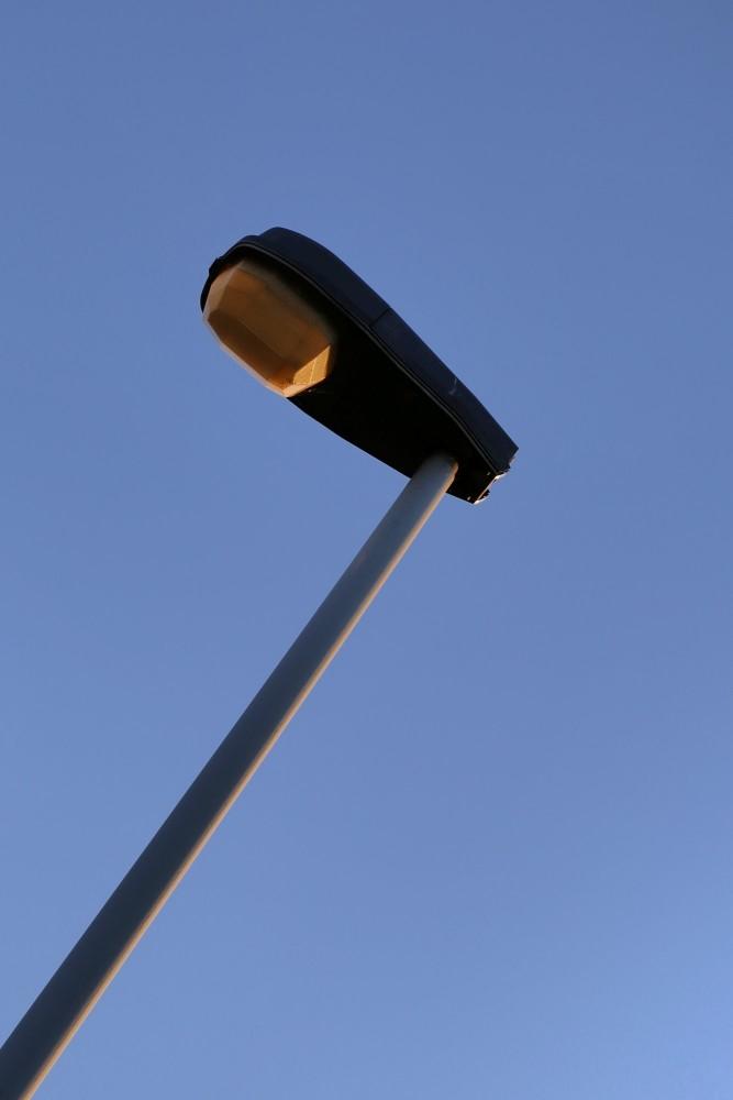 het gemeentebestuur wil de klassieke openbare verlichting geleidelijk vervangen door LED-verlichting