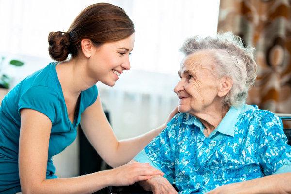 Het PWA van Oosterzele start een gezelschapsdienst voor senioren (foto web)