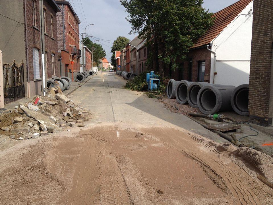 rioleringswerken in Moortsele (foto facebookpagina rioleringswerken)