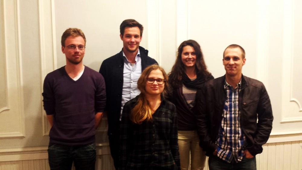 Het bestuur van Jong N-VA Rhode, van links naar rechts: Kristof De Puydt, Simon Lejeune, Angelique Van de Meirssche, Hanna Courtijn en Jeroen Martens